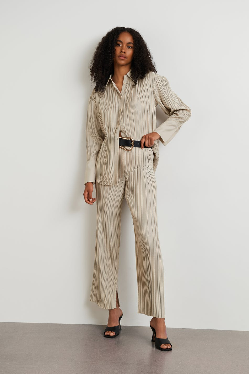 Gina Tricot Acra pleated trousers
