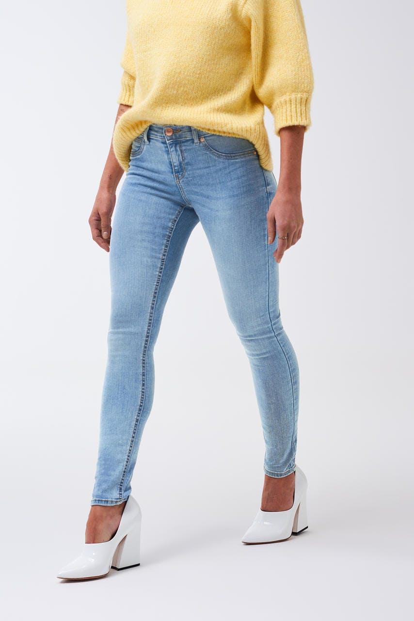 a97553a9433c Skinny jeans - Supersköna tighta jeans - Gina Tricot - Gina Tricot