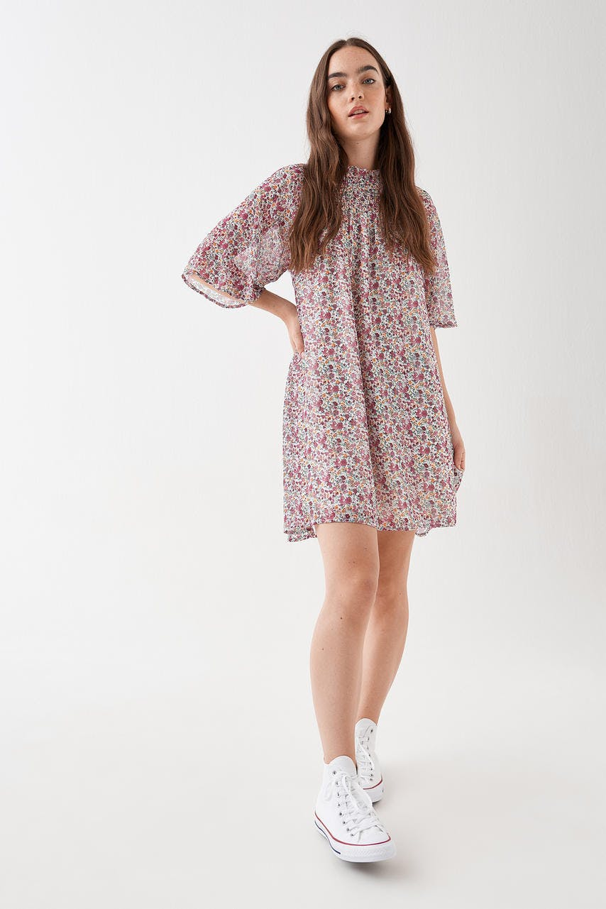 5e7e62e3 Kjoler- Tøj og mode online - Gina Tricot