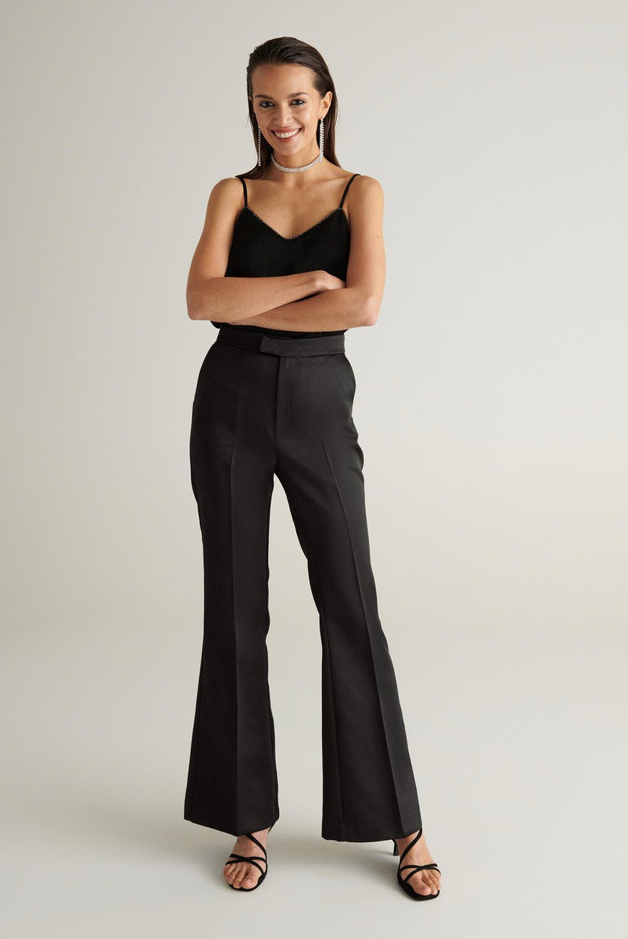 Sussi Satin Trousers by Ginatricot