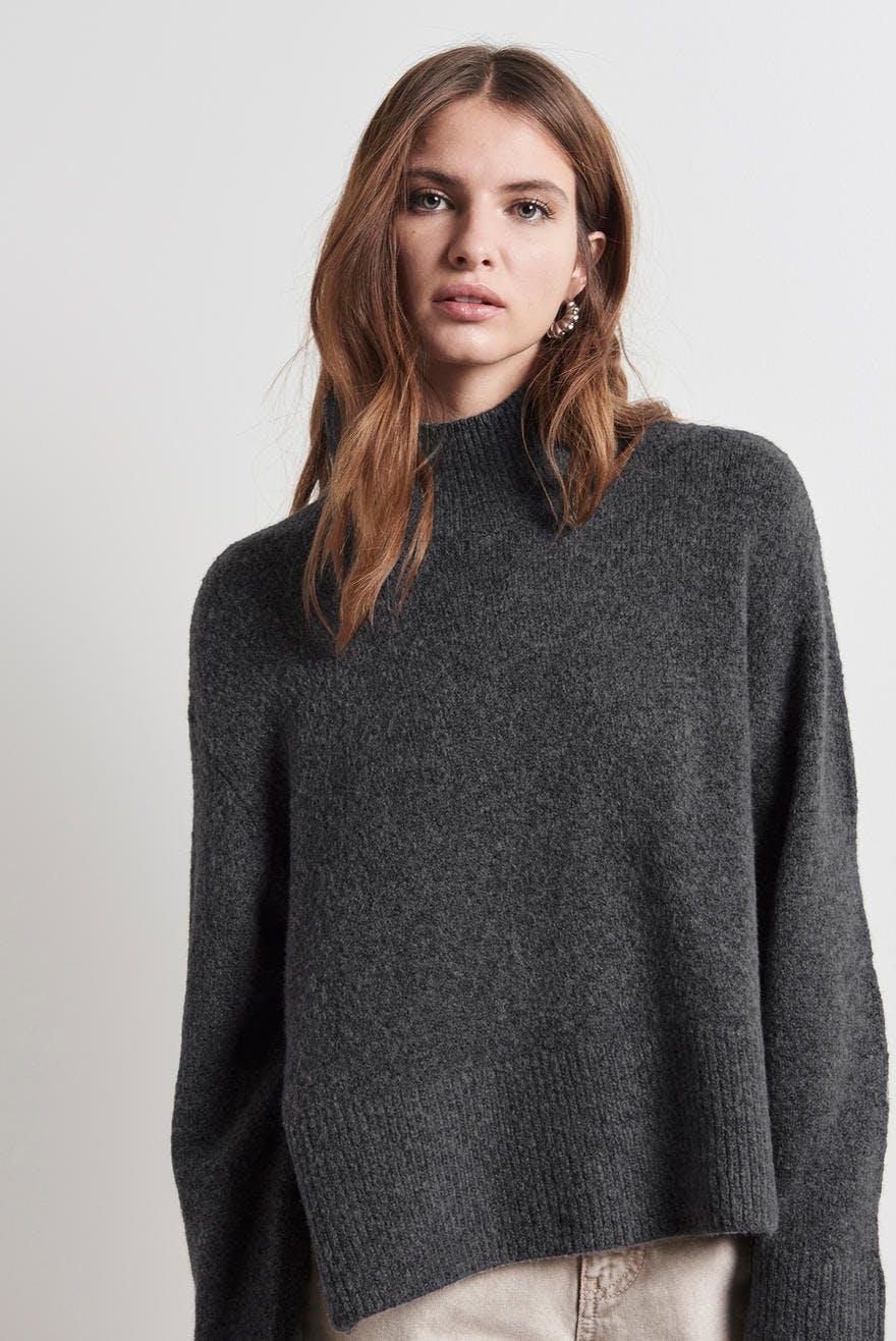 Sandy knitted sweater, Strikket genser Trendige strikkede