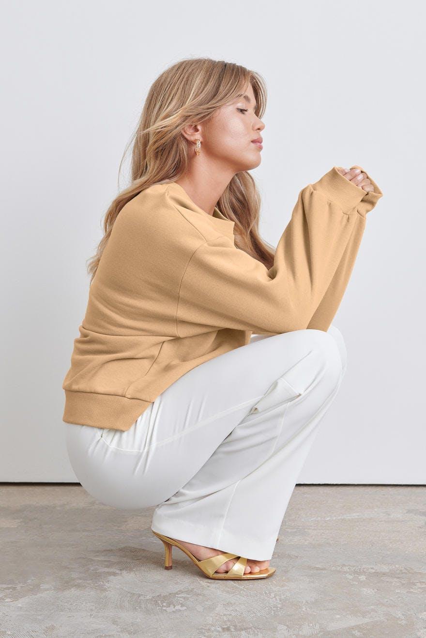 Basic sweater 249.00 SEK, Collegetröjor Snygga trendiga
