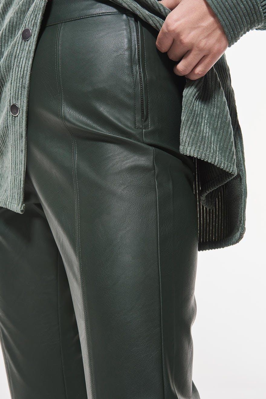 Mindy pu trousers 124.50 DKK, Bukser Tøj og mode online