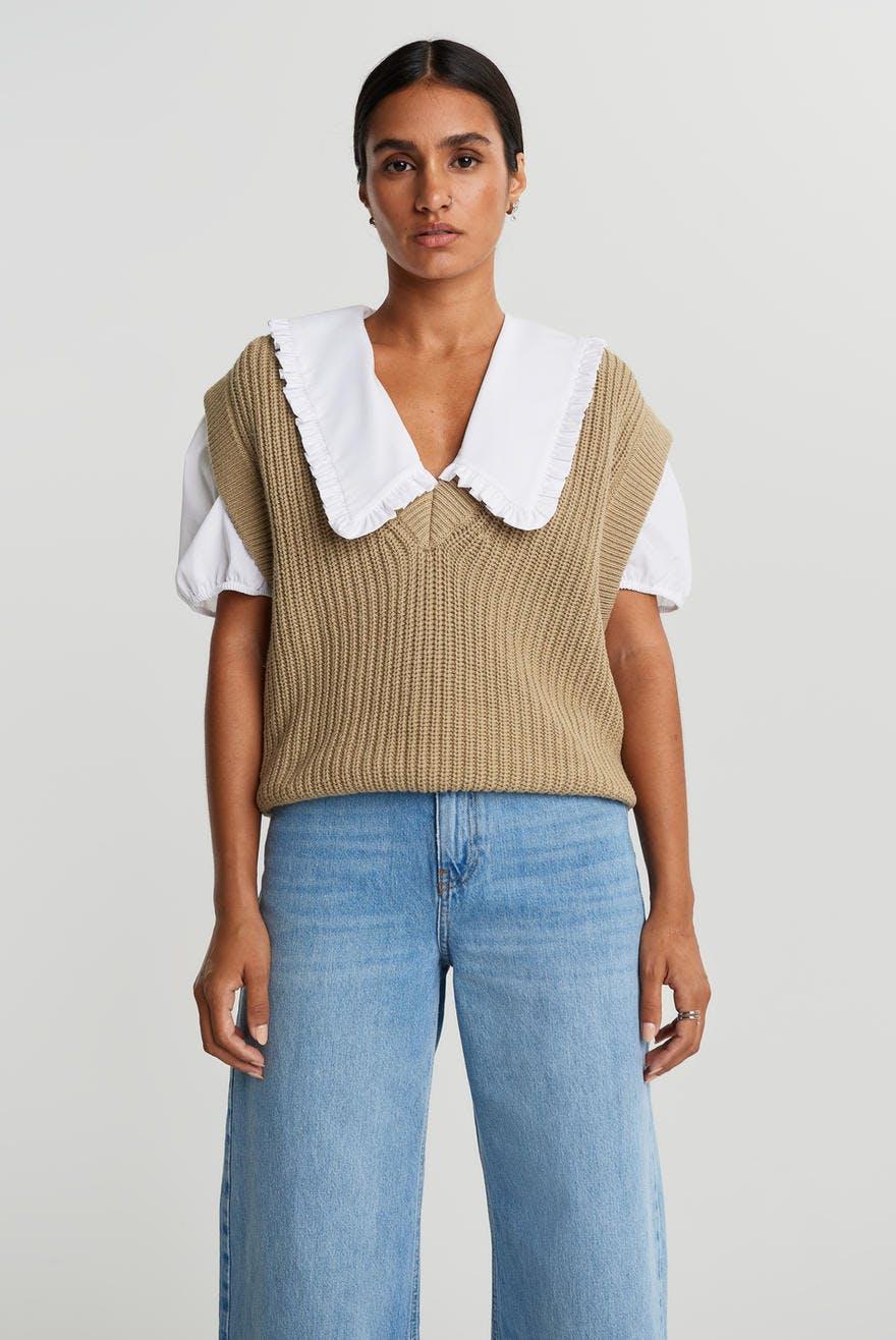 Johanna knitted vest